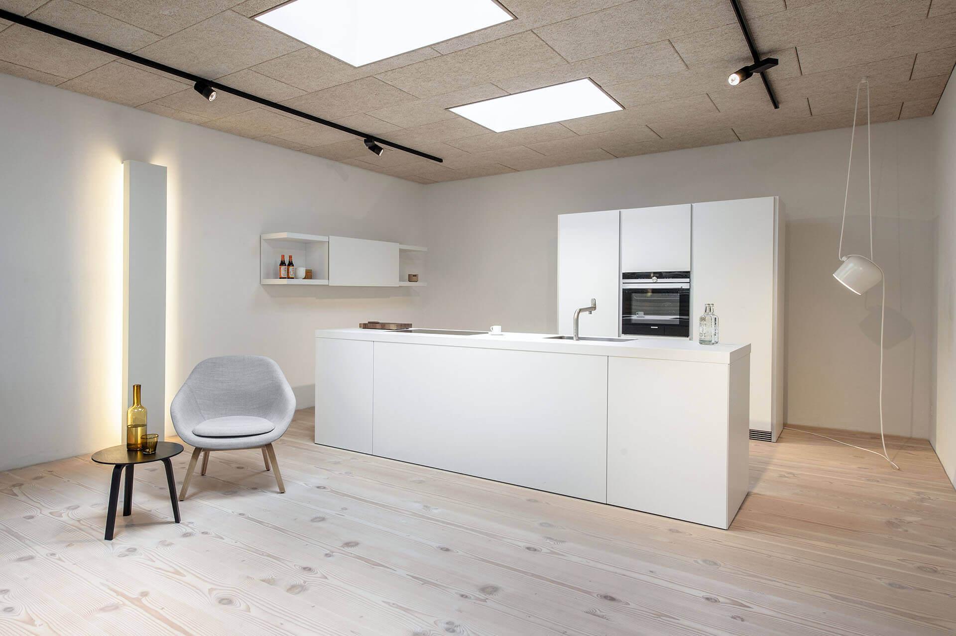 a04 showroom basel ch pur natur. Black Bedroom Furniture Sets. Home Design Ideas