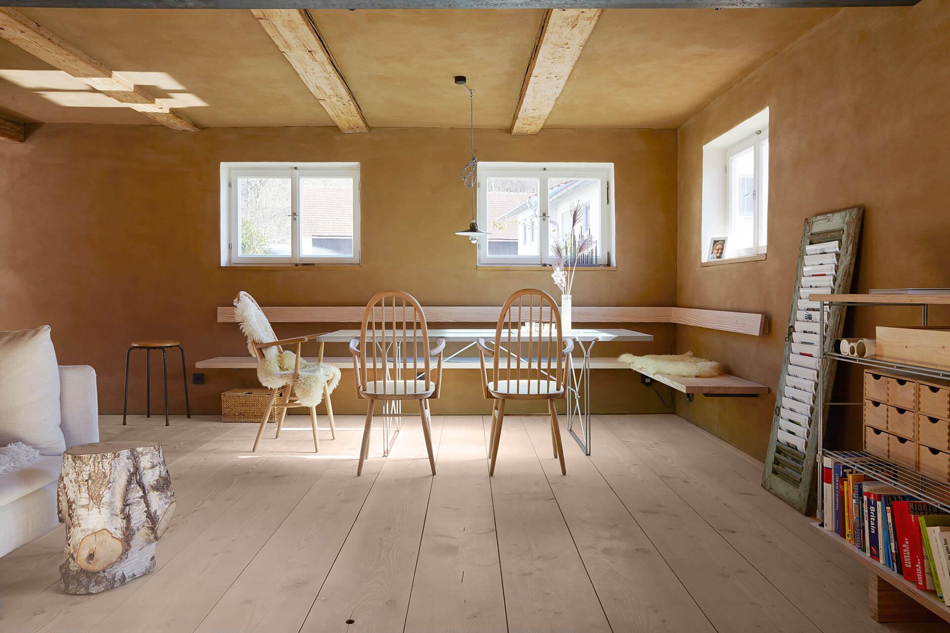 farmhouse with pur natur floorboards pur natur en. Black Bedroom Furniture Sets. Home Design Ideas
